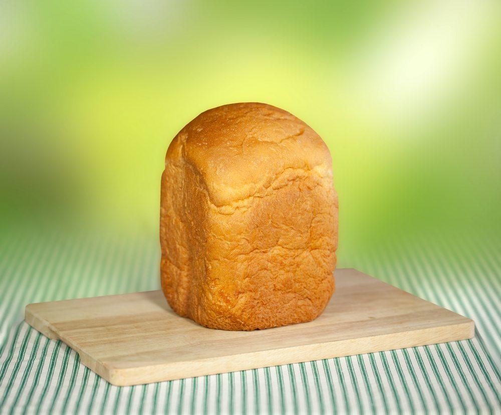 Gute Geräte ermöglichen es Ihnen, Brote mit verschiedenen Gewichten herzustellen. (Bild: Artazum and Iriana Shiyan / Shutterstock.com)