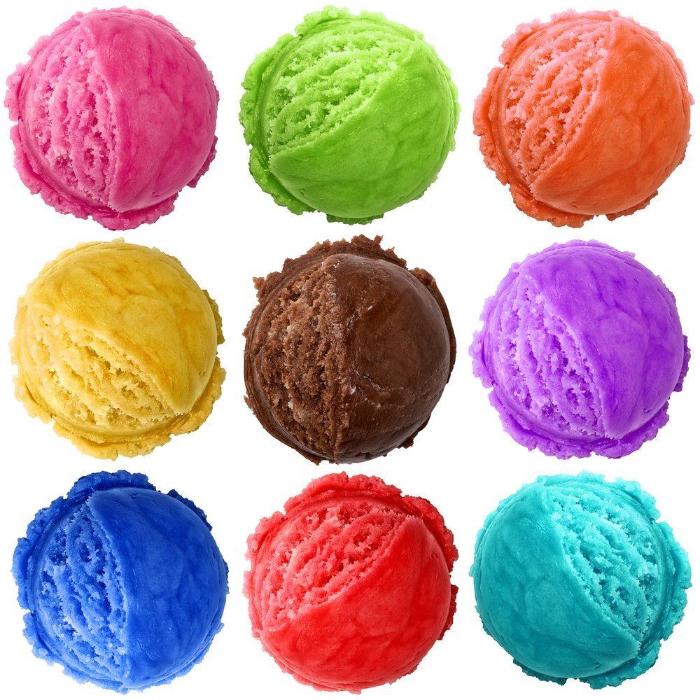 Auch wenn es süss ist und aufgrund des enthaltenen Zuckers als Kalorienbombe gilt: Eis liefert wichtige Nährstoffe. (Bild: M. Unal Ozmen / Shutterstock.com)