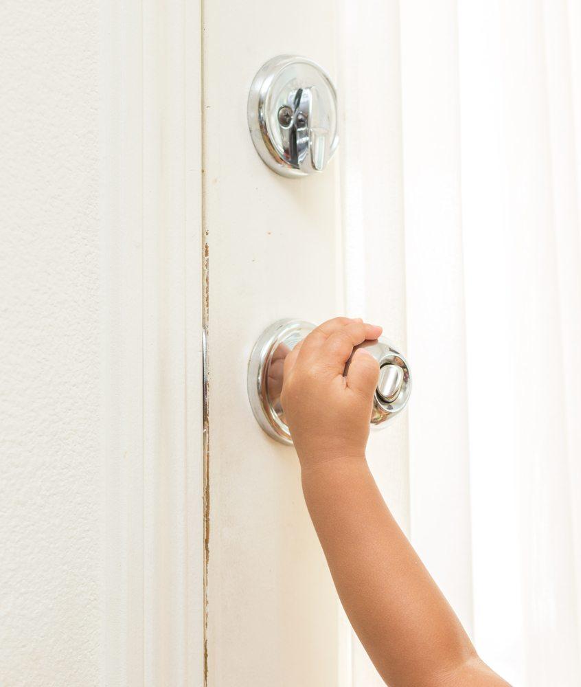 Kindersicherheit. (Bild: LittleStocker / Shutterstock.com)