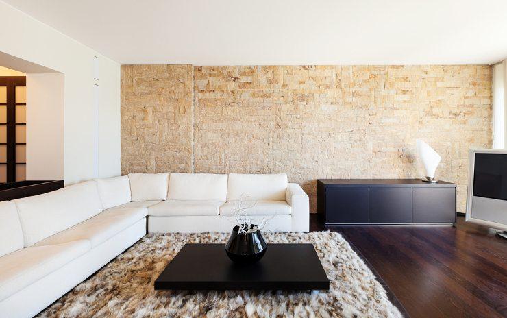 Ein Sofa in L-Form hat viele Vorteile. (Bild: © photobank.ch - shutterstock.com)
