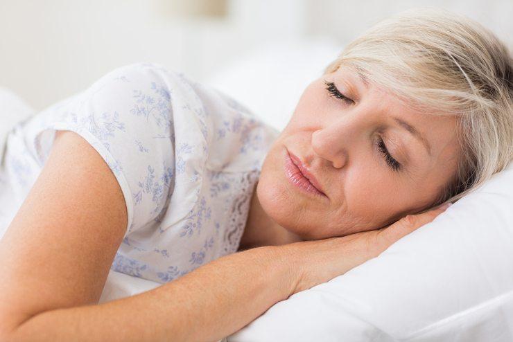Beim Bett lautet das Motto: Schick und gemütlich! (Bild: © wavebreakmedia - shutterstock.com)