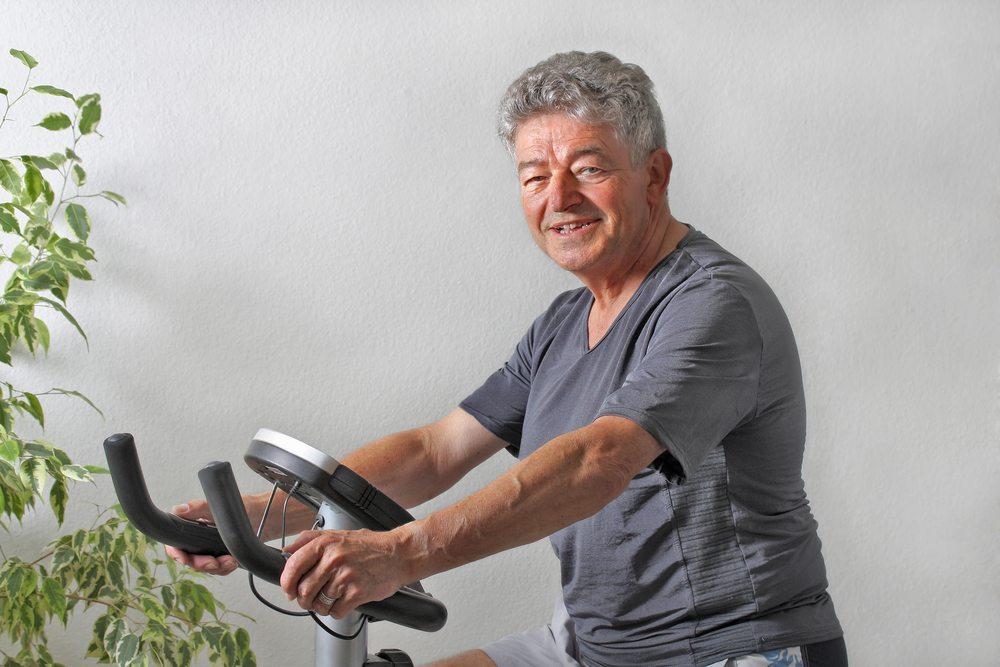 fahrrad ergometer das therapeutische fitnessstudio f r zu. Black Bedroom Furniture Sets. Home Design Ideas