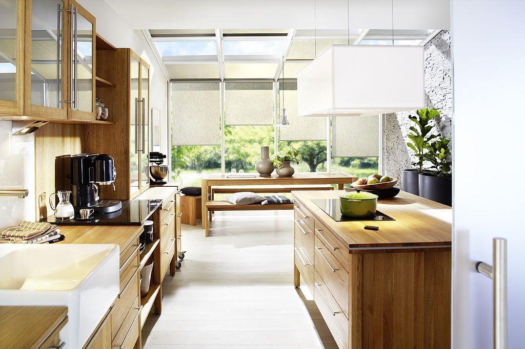 Die Küche ist Treffpunkt für Freunde und Familie. (Bild: Annex GmbH & Co. Küchenmöbel KG, Wikimedia)