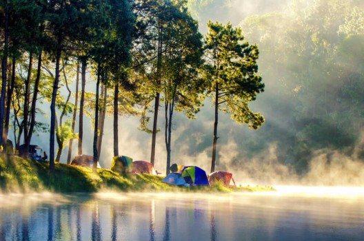 Das morgendliche Tageslicht ist der natürlichste und gesündeste Wecker (Bild: © martinho Smart - shutterstock.com)