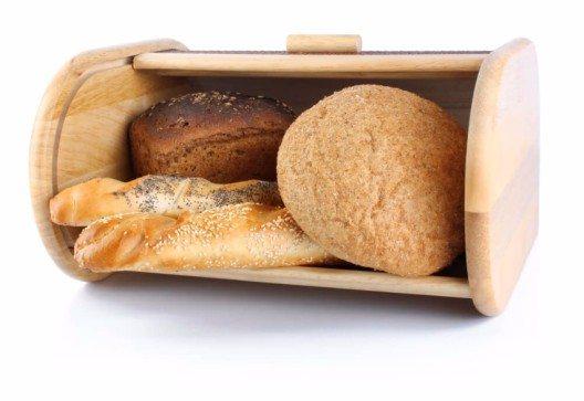 Der Brotkasten ist der beste Aufbewahrungsort für Brot. (Bild: © tinnko - shutterstock.com)
