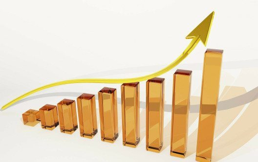 Der Strompreis wird 2016 wahrscheinlich steigen. Mit ein paar Tricks können viele Haushalte dennoch Kosten sparen. (Bild: pixabay.com © PublicDomainPictures / CC0 Public Domain)