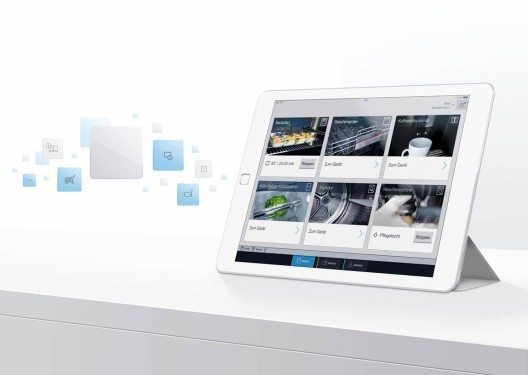 Die Applikationen bieten neben Remote Control viele weitere interessante Tipps und Informationen, u. a. zu den vernetzten Einbaugeräten selbst, ihren Funktionen und Garantieleistungen.