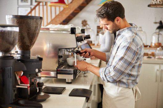 Lust auf Kaffee und Lust auf Genuss? (Bild: © Monkey Business Images - shutterstock.com)