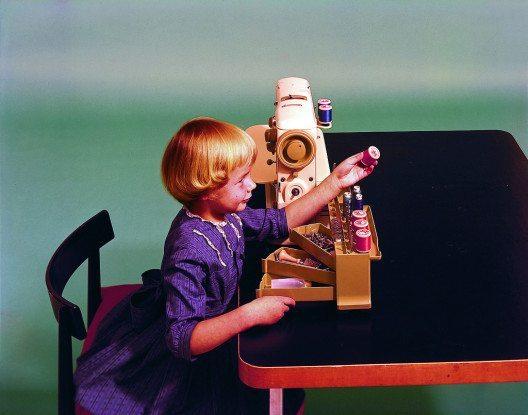 Für die Menschen des 19. Jahrhunderts war die Nähmaschine so aufregend wie die Raumfahrt für uns im 21. Jahrhundert. (Bild: © BERNINA Schweiz AG)
