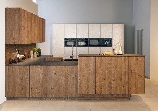 Holz und ausgefallene Materialien lassen sich schön verbinden. (Bild: AMK)
