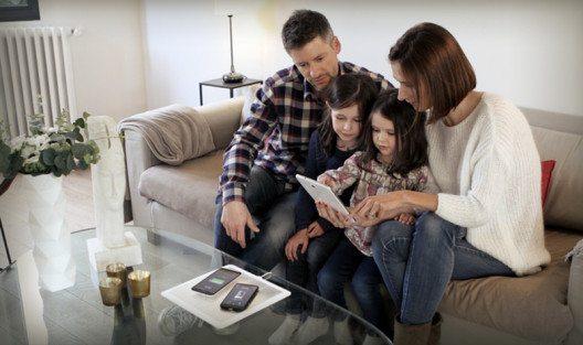 Familie mit Energysquare (Bild: © kickstarter.com)