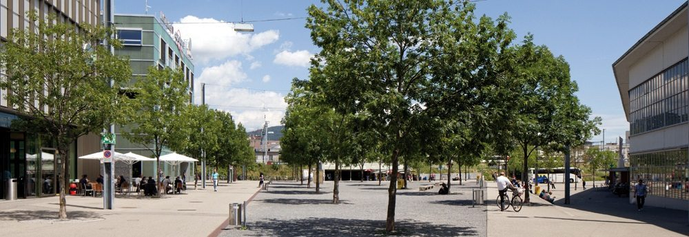Robert Walser Platz Biel (Bild: © Tobias Dimmler_SHS)