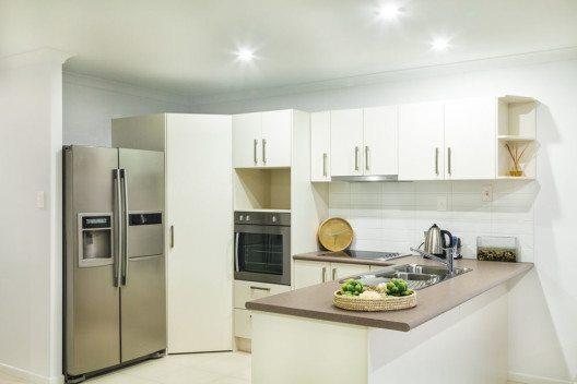 Der Küchenbereich wird unter Berücksichtigung der individuellen Gewohnheiten angeordnet. (Bild: zstock – Shutterstock.com)