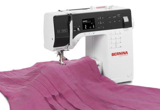 Es gibt eine Fülle an Stoffen, die sich für Ihre Näharbeiten eignen. (Bild: Bernina International)