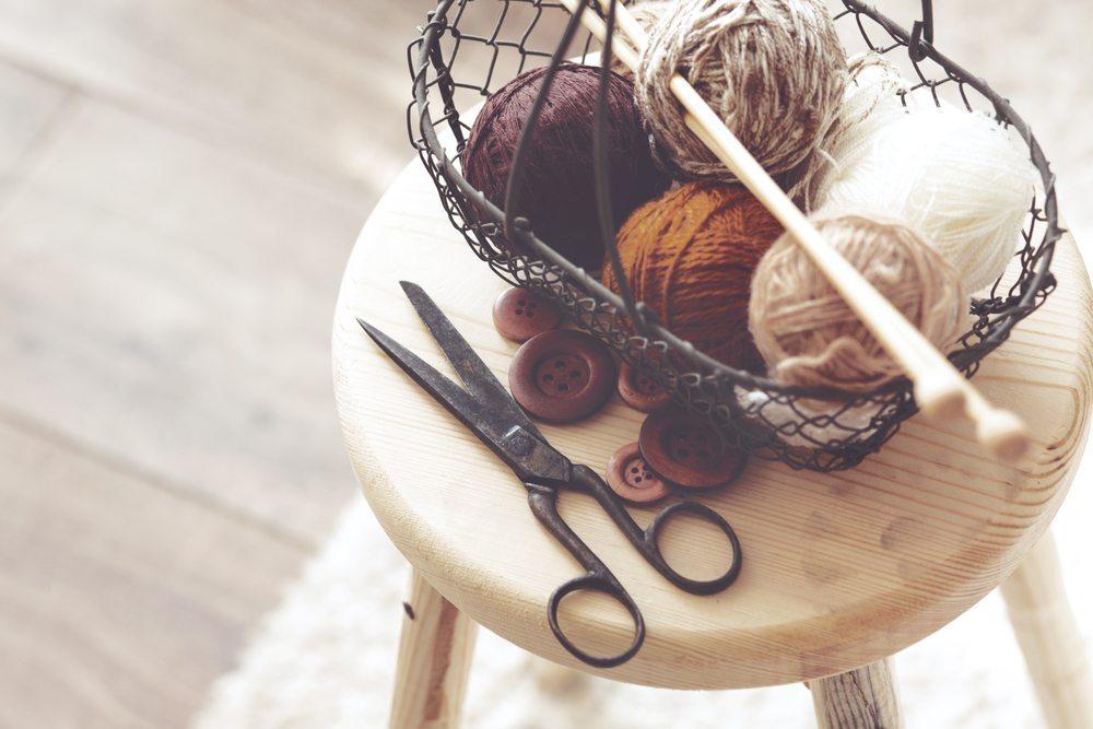 """Garn Im Sinne von """"Einfach-Garn"""", ist ein einfädiges textiles Gebilde, bestehend aus Spinnfasern oder Filamenten. (Bild: © Alena Ozerova - shutterstock.com)"""
