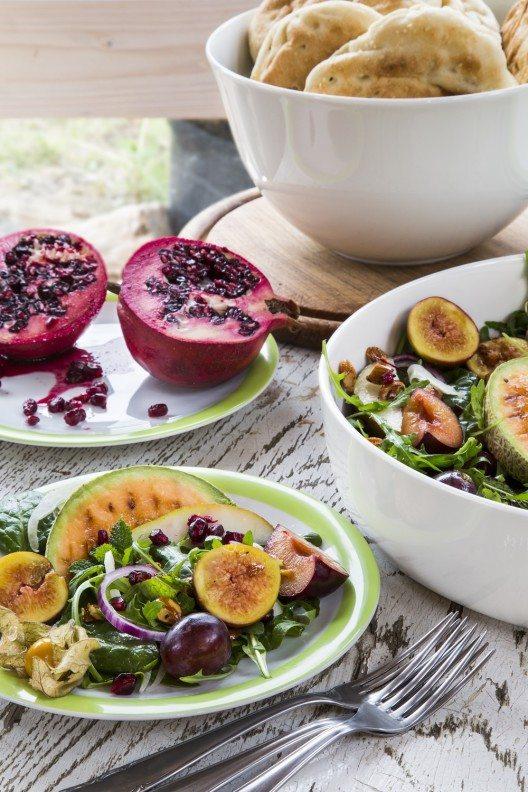 Fruchtiger, orientalisch inspirierter Salat
