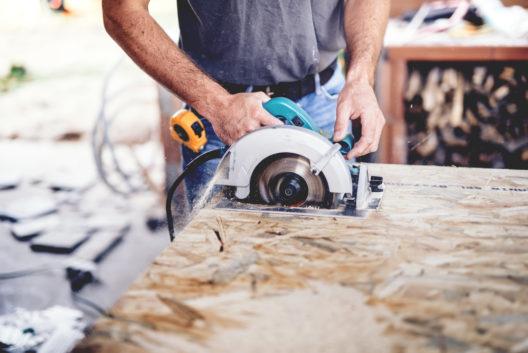 feature post image for Für Profis oder Hobbybastler – eine Tauchsäge leistet vielfältige Dienste