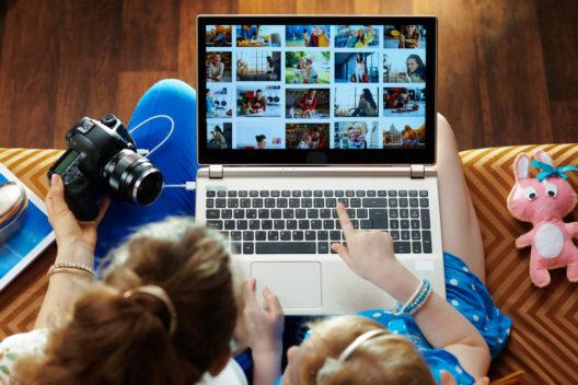 feature post image for Fotos digitalisieren - welche Möglichkeiten gibt es?